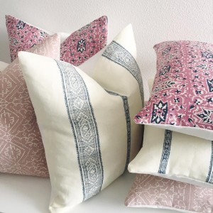 Have you seen the new designer pillow covers in danielleoakeyshop?!hellip